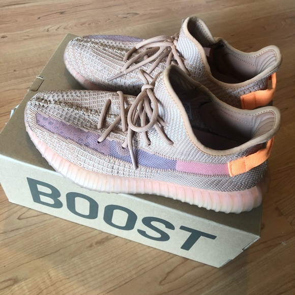 adidas Shoes   Adidas Yeezy Boost 35 V2